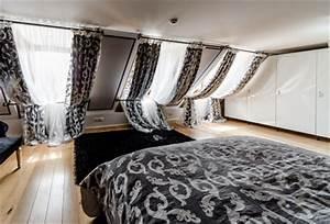 Vorhänge Für Schlafzimmer : schlafzimmer stilvoll verdunkeln mit jalousien rollo ~ Watch28wear.com Haus und Dekorationen