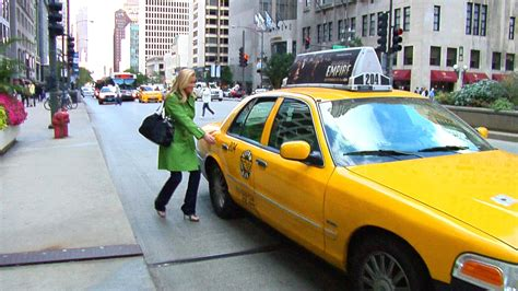 chicago cab group calls  strike  uber rules