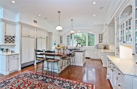 country kitchen armonk colonial mansion on 6 acres in armonk ny homes of the rich 2726