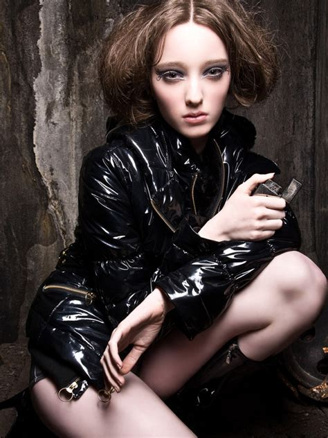 Photo Of Fashion Model Emma Dumont Id 223129 Models The Fmd
