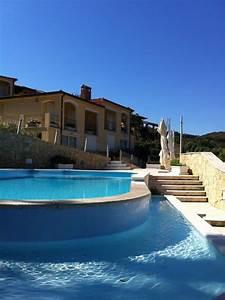 Panoramica Villa Con Piscina
