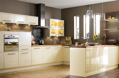 gloss kitchens ideas it gloss cream slab kitchen ranges kitchen rooms diy at b q