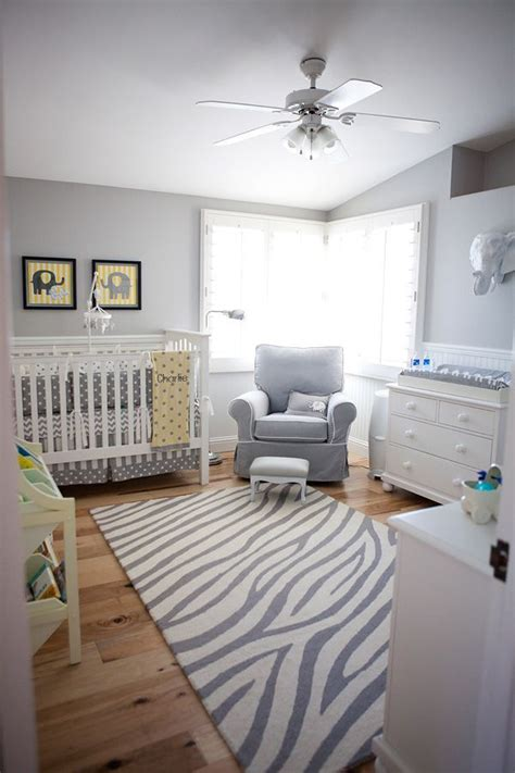 chambre bebe gris blanc deco chambre bebe blanc et gris