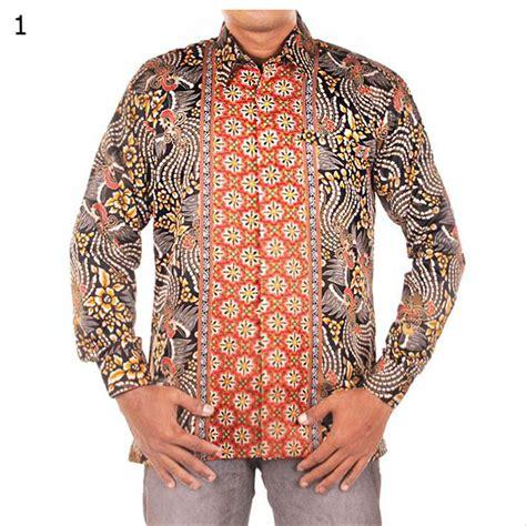 Hem batik panjang yang terbuat dari bahan semi sutra ini memiliki kesan elegan dan eksklusif. Jual Kemeja Batik Semi Sutra dengan Furing - Eksklusif di ...