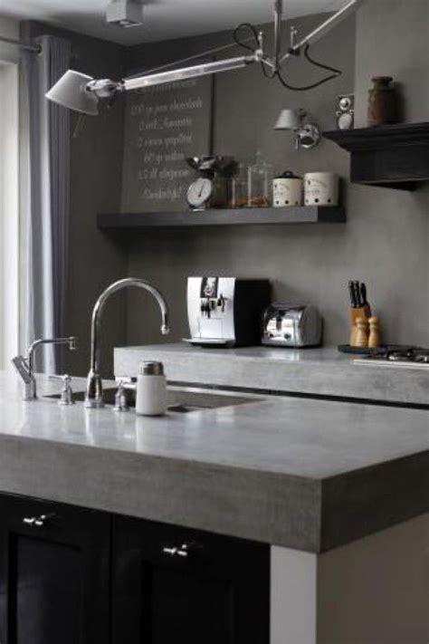plan de travail cuisine gris clair cuisine gris clair stunning prvenant modele cuisine grise
