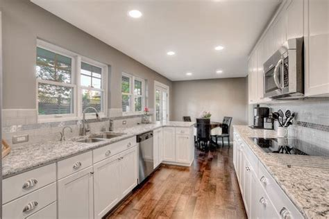 neutral kitchen colors kitchen color schemes how to avoid kitschy colors