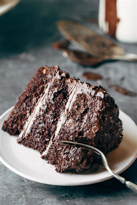 blackout chocolate cake recipe pinch  yum