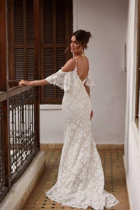 Klassische brautkleider fürs standesamt haben meist einen knielangen schlichten schnitt. Madi Lane Brautkleider 2021   Designer   White and Night