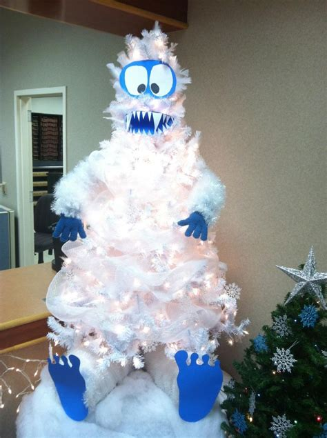 abominable snowman christmas tree too awesome
