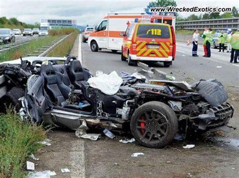 bugatti eb110 crash dodge viper wrecked wiesbaden germany