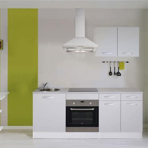 changer cuisine quand changer les meubles de sa cuisine les bons plans