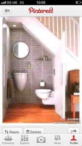 half bathroom paint ideas 17 best images about downstairs loo on the astronauts toilets and shelves