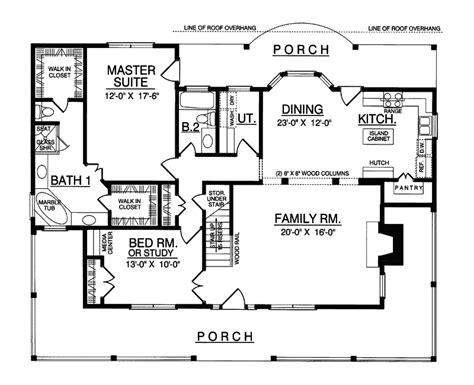 carney place cape  farmhouse plan   house plans