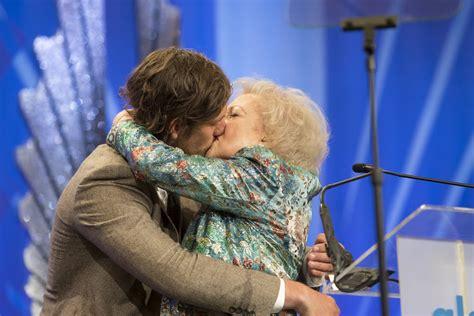 Betty White Quotes POPSUGAR Love Sex