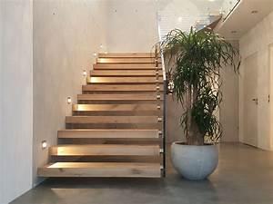 Treppe Hauseingang Bilder : die perfekte treppe von treppen schulze aresing ~ Markanthonyermac.com Haus und Dekorationen