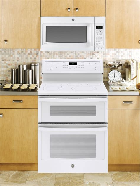 pbtjww ge profile  double oven electric range convection white