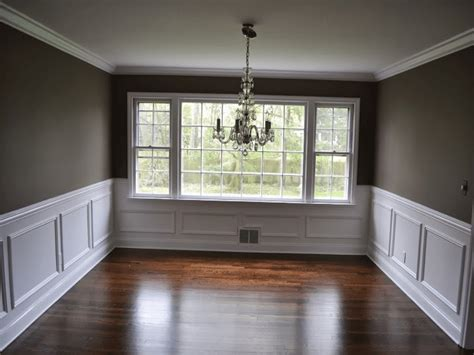 Wainscoting Ideas For Dining Room by Crown Molding Chair Rail Dining Room Wall Trim Design