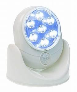 Lampe Mit Bewegungsmelder Außen : idena 10034737 led lampe mit 7 leuchten kabellos bewegungsmelder batteriebetrieben f r ~ Frokenaadalensverden.com Haus und Dekorationen