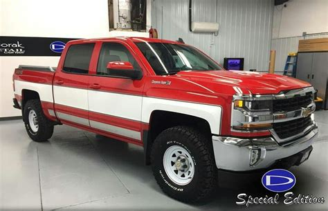 Chevy Silverado Cheyenne Super 10 In Red And White...super