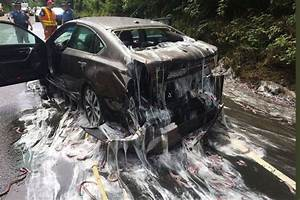 Accident De Voitures : dans l 39 oregon accident de voiture et pluie de myxines ~ Medecine-chirurgie-esthetiques.com Avis de Voitures