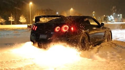 Gtr Shooting Flames Wallpaper by Gtr Snow Launch Shooting Flames Dpccars