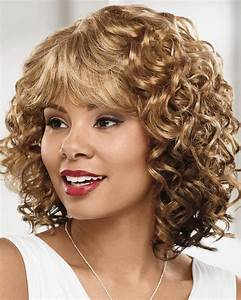 Collar Length Curly Wigs With A Comfortable Stretch To Fit