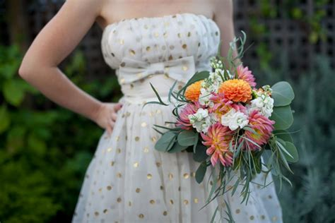 cheap wedding bouquets  grocery store flowers