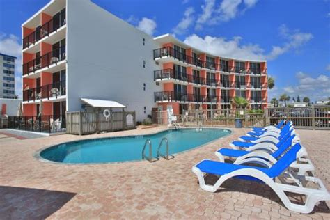 Hotels Near Deck Daytona Florida by Cove Motel Oceanfront Updated 2017 Prices Reviews