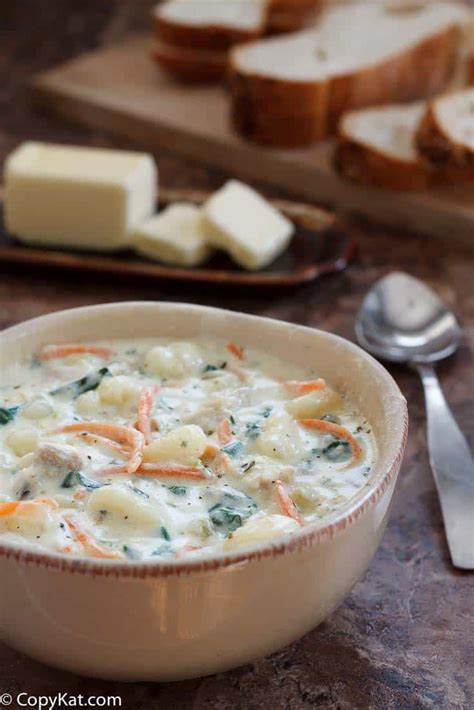 Soups From Olive Garden by Olive Garden Chicken Gnocchi Soup Copycat