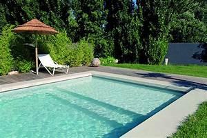 Escalier pour piscine sous liner piscines Desjoyaux