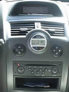 Autoradio Megane 2 : autoradio 1 din renault megane ii scenic ii poste cd ~ Melissatoandfro.com Idées de Décoration