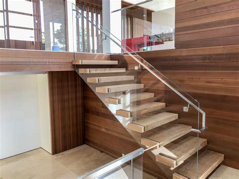 glass staircase railing ot glass