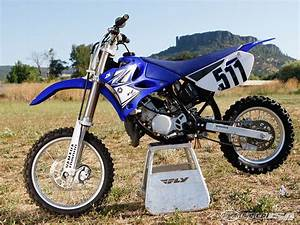 85 Yz 2010 : 2011 yamaha yz85 first ride photos motorcycle usa ~ Maxctalentgroup.com Avis de Voitures