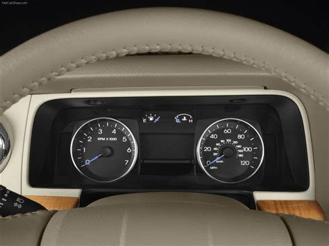 Lincoln MKZ (2007) - picture 16 of 25