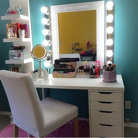 Diy Makeup Desk With Lights by Best 25 Vanity Set Up Ideas On Bedroom