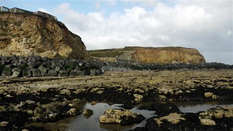 featherbed rocks beach county durham uk beach guide