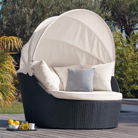 canap r sine tress e pas cher awesome lit de jardin rond resine tressee photos design