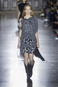 La Mode Est A Vous Printemps Ete 2018 : d fil givenchy pr t porter printemps t 2018 paris elle ~ Farleysfitness.com Idées de Décoration
