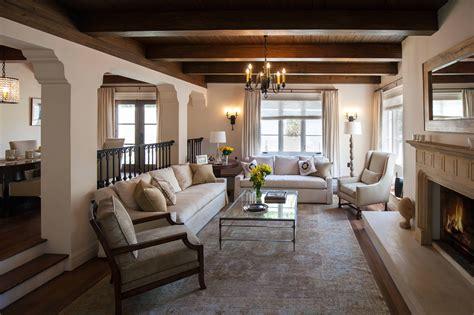 15 beautiful mediterranean living room designs you 39 ll love