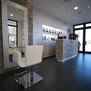 Mobilier Salon De Coiffure : agencement salon de coiffure mobilier ~ Teatrodelosmanantiales.com Idées de Décoration