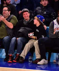 Brian Littrell and Son at Knicks Game January 2016 ...
