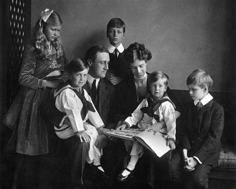 Review The Roosevelts An Intimate History By Ken Burns