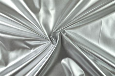 Vorhänge Schwarz Silber by Thermo Gardinenfutter Beidseitig Silber Kaufen