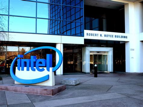 sports quot intel wants 500 million for oncue