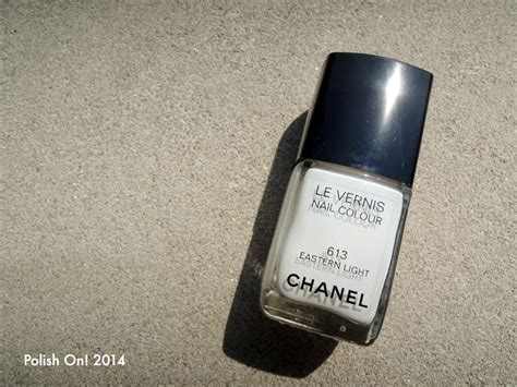 chanel eastern light nail polish chanel summer 2014 le vernis reflets d 39 ete de chanel