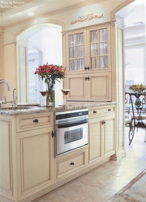 antique beige kitchen cabinets 17 best images about kitchen remodel ideas on 4074