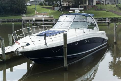 Cigarette Boat In Rough Water by Cigarette 42x High Performance In Rough Water Boats