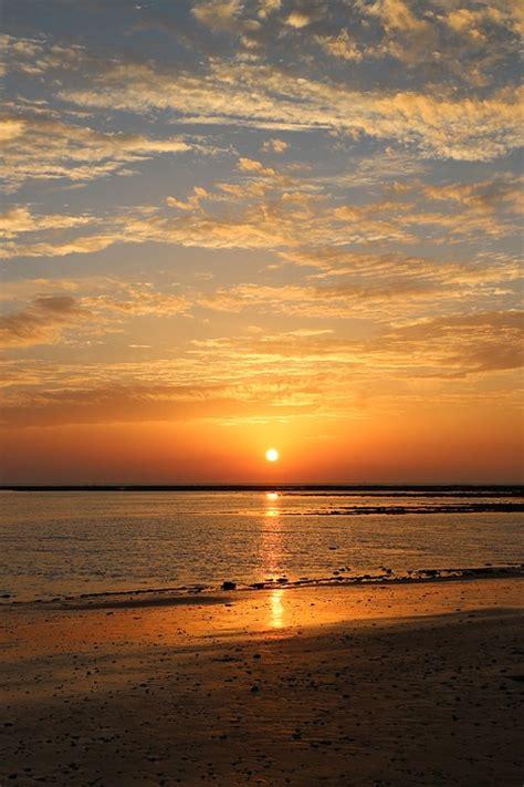 sunset sea of 183 free on pixabay