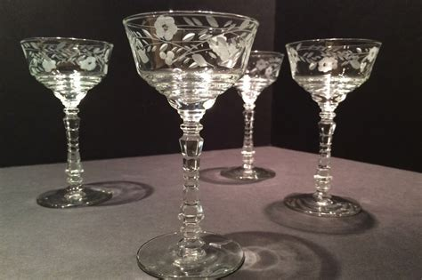 Vintage Libbey Rock Sharpe 3005 Etched Champage Coupe Glasses
