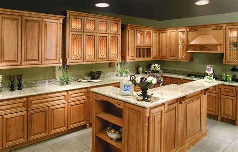 Medium Oak Cabinets With Granite Countertops Image